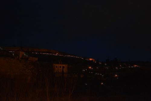 Iluminación con antorchas procesión Santo Entierro